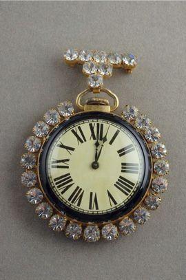 Antique pocket watch large 1960s rhinestone pin JP52