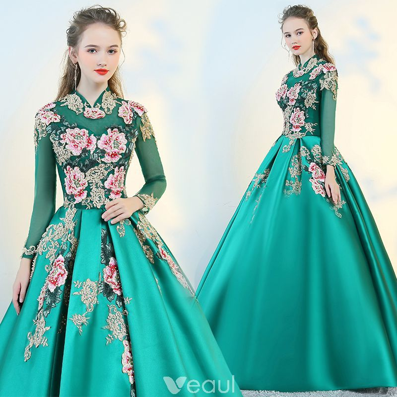 c9bcc7d0d Estilo Chino Verde Transparentes Vestidos de gala 2018 Ball Gown Cuello  Alto Manga Larga Bordado Perla Largos Ruffle Sin Espalda Vestidos Formales