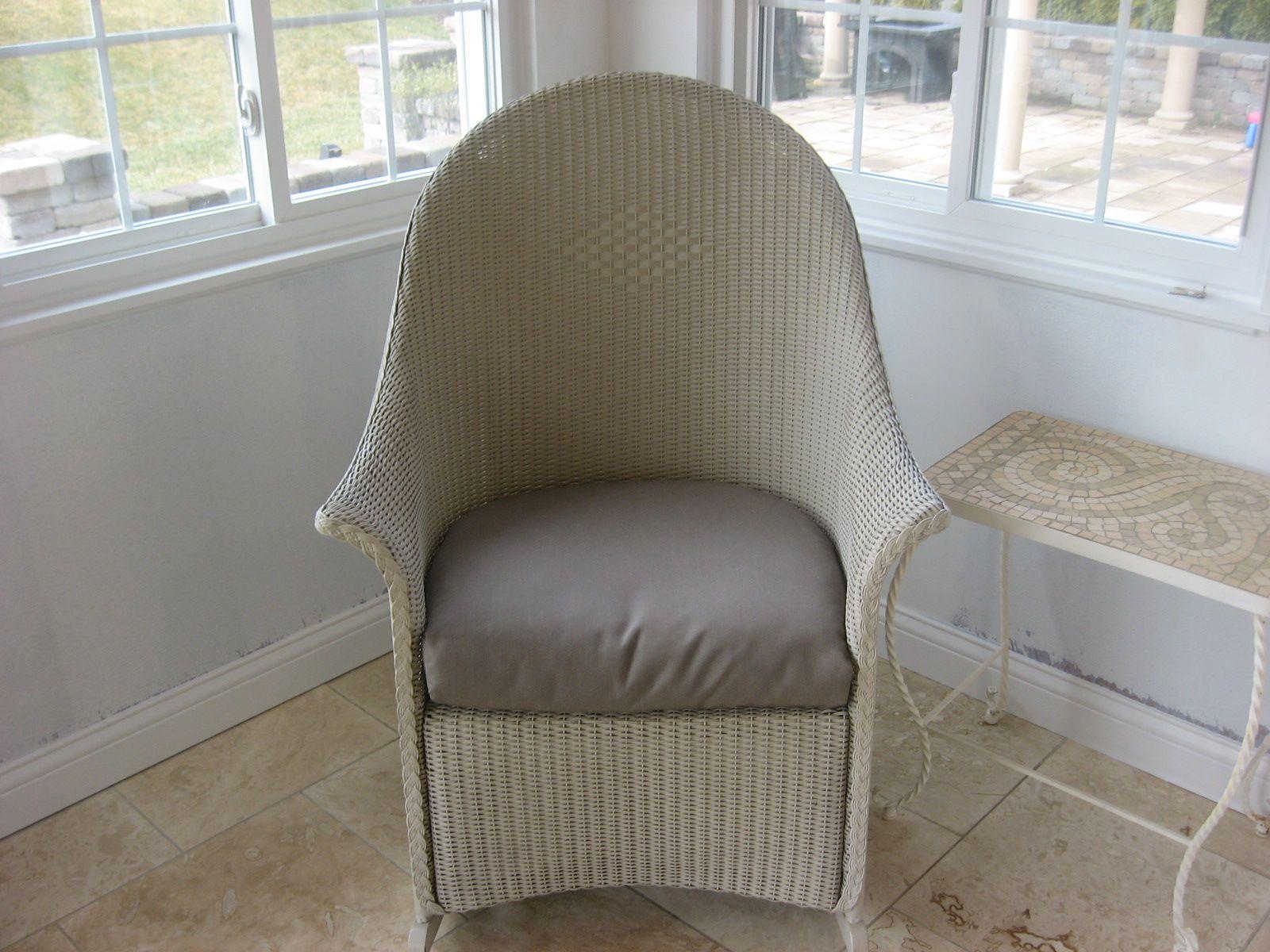 Attirant Boxed Chair Cushion   Westerville, Ohio