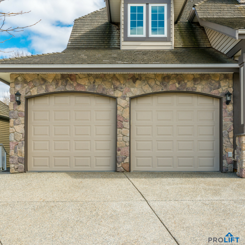 You Canu0027t Go Wrong With A Traditional Look Such As These Beige Steel Garage  Doors. Doors Such As These Are Available In A Wide Variety Of Styles Anu2026