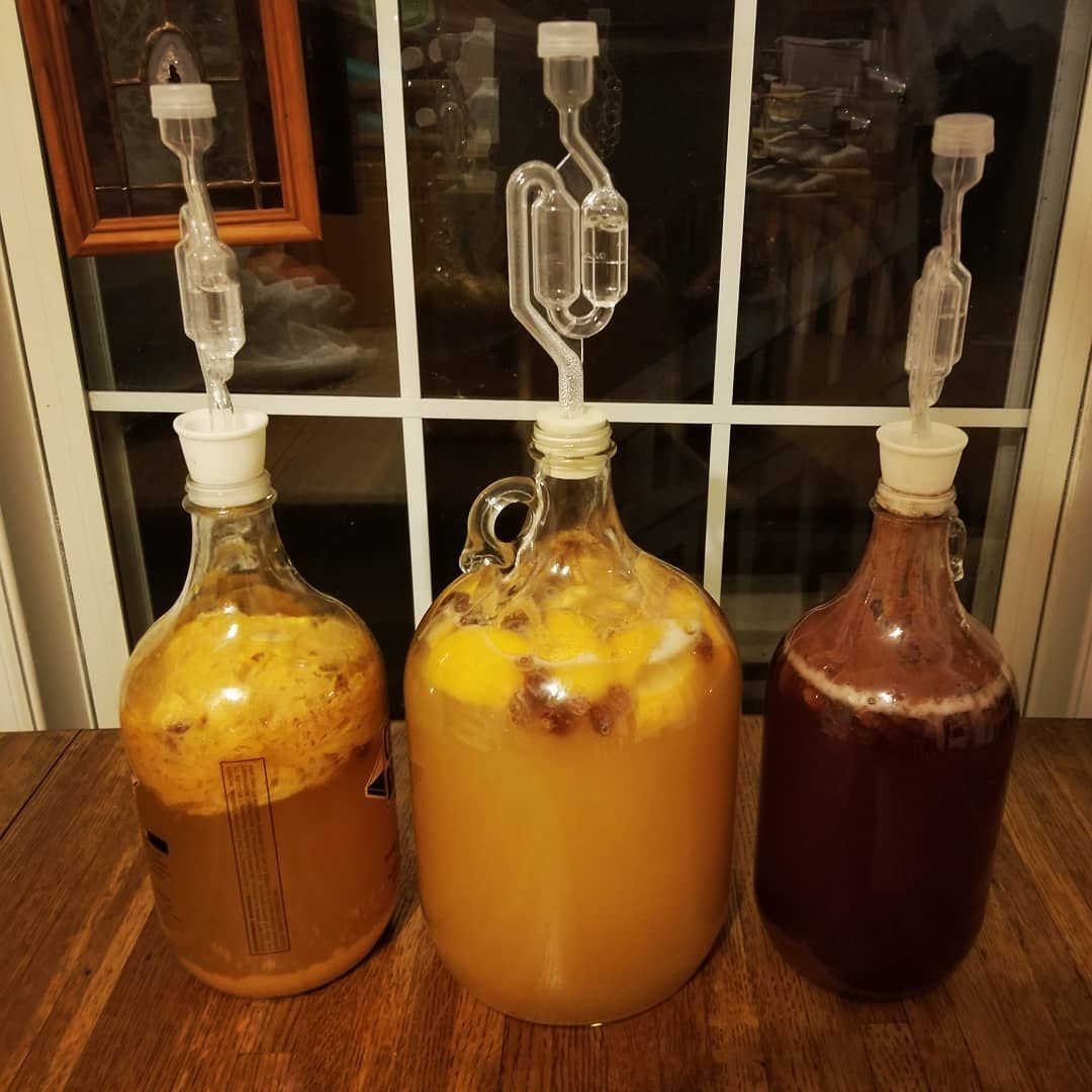 This is my first try at mead! Big thanks to @baxtersbees for the honey and my starting recipe. . . . . .