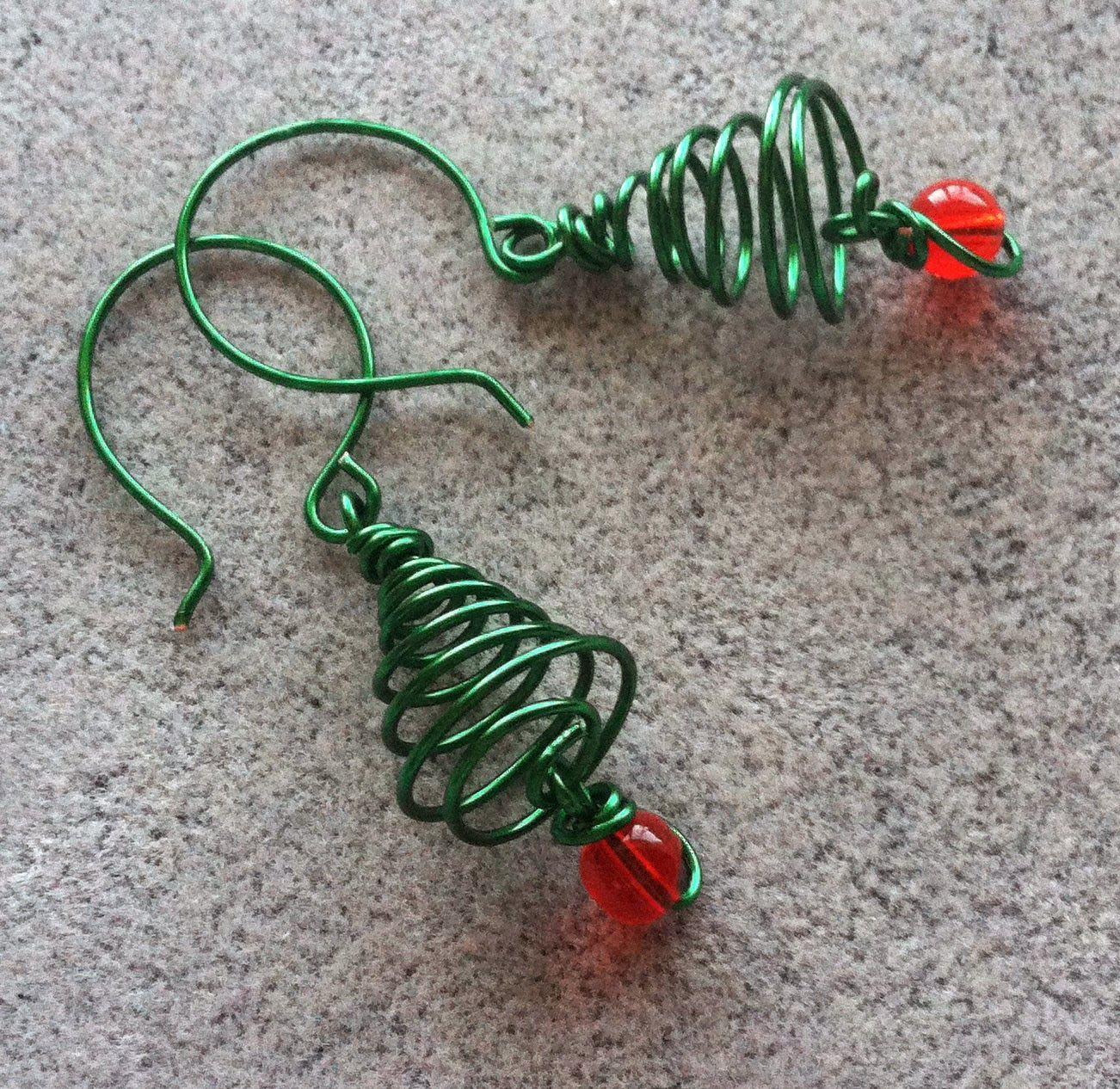 Softflexgirl diy holidays christmas tree wire earrings christmas