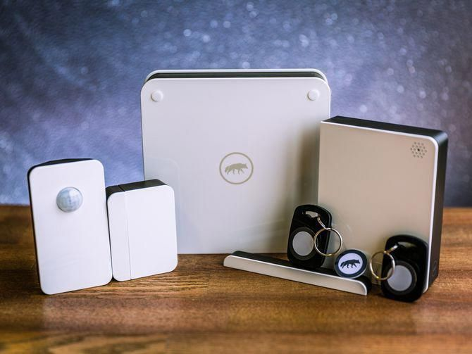 Home Security Systems You Can Install Yourself Cnet Homesecuritysystems Diy Home Security Home Security Systems Home Automation System