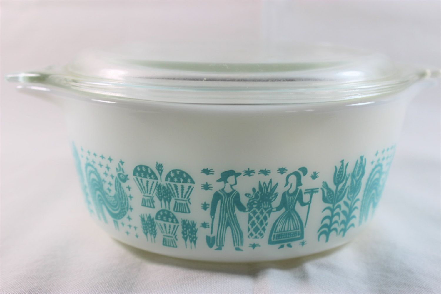 Pyrex Amish Butterprint 1 1/2 Pint with lid 472 by GRCTreasures on ...