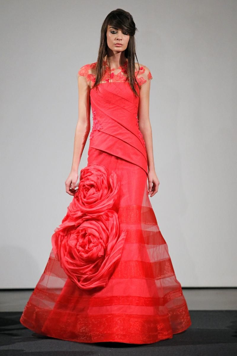 Red wedding dresses vera wang  Vera Wang  The oujays Runway and Photos