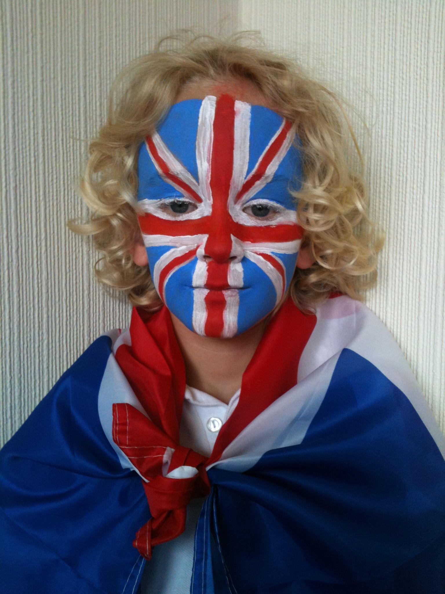 Union flag face paint Flag face, Face paint kit, Face