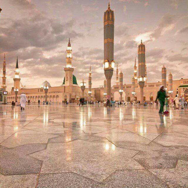 Pin By Sawsan Hawari On معالم المدينة المنورة Mecca Kaaba Masjid Madina