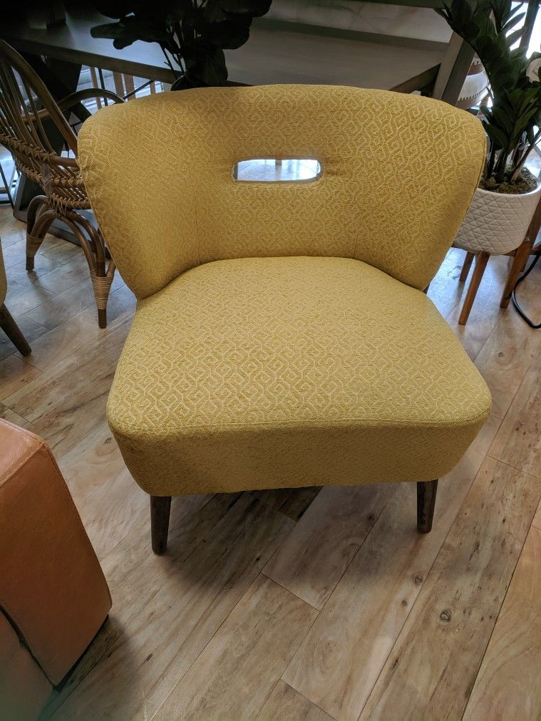 Max Studio Home Style 048926 Fla 0719 Yellow Cocktail Chair From