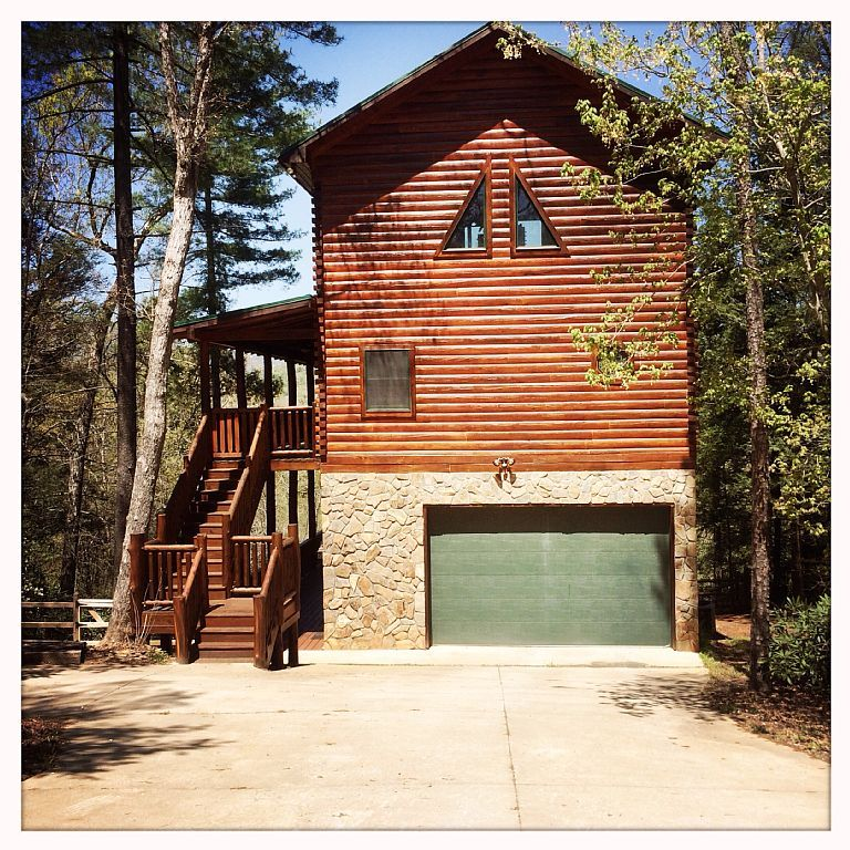 House vacation rental in Lake Lure, NC, USA from