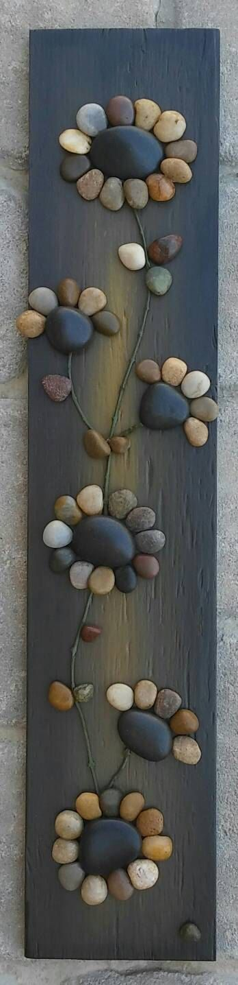 Hey, I found this really awesome Etsy listing at https://www.etsy.com/listing/281410176/pebble-art-rock-art-string-of-flowers