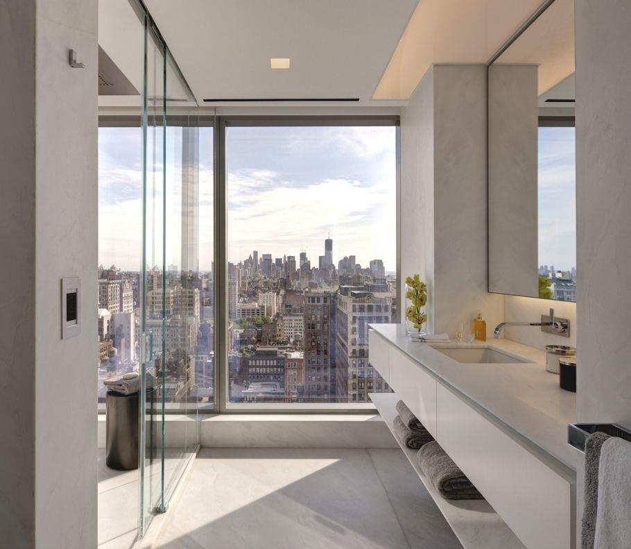 Elegantný úkryt pred rýchlym svetom s výhľadom na Madison Square Park