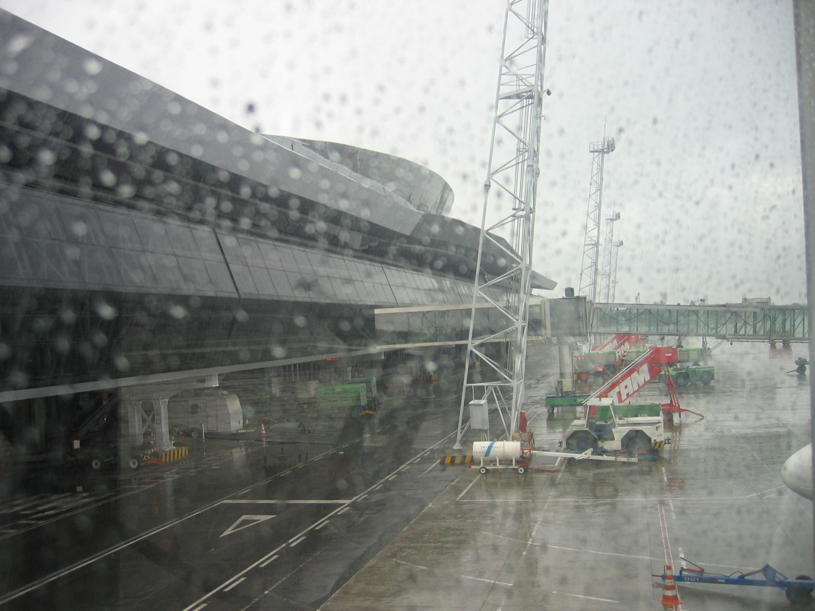 """Aeroporto Internacional dos Guararapes"". # Recife, Pernambuco. Brasil."