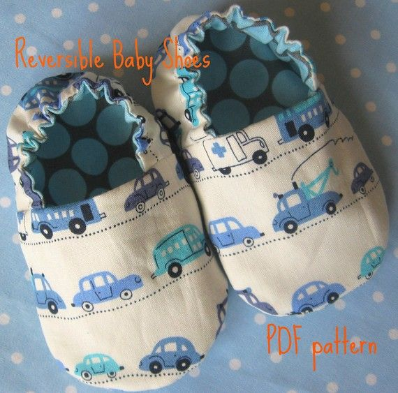 Reversible baby shoes pattern - similar to Robeez