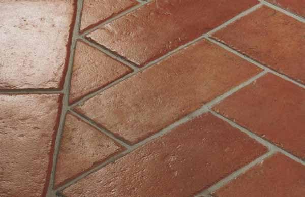 Guida per sapere come pulire il pavimento in cotto o ceramica