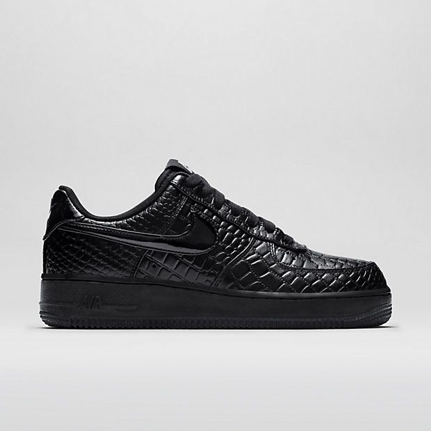 5597240fa6 Nike Air Force 1 07 Premium Women's Shoe 110€ | Essentials for Style ...