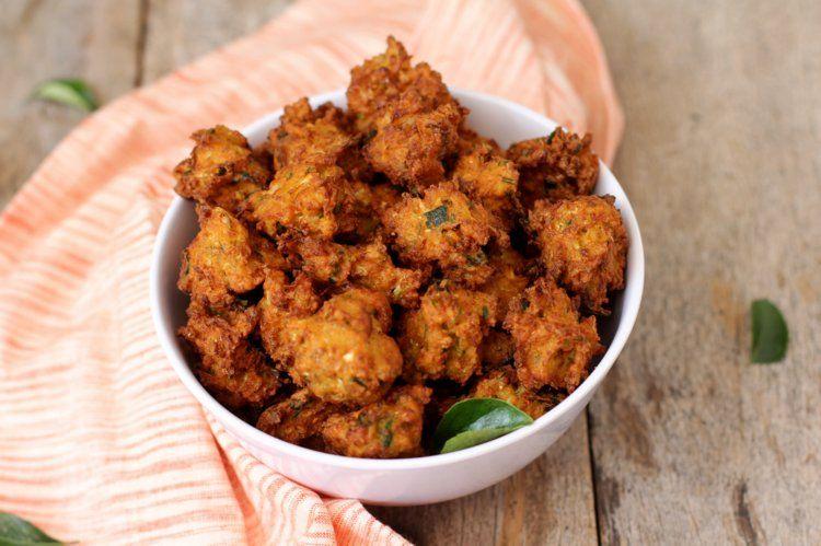 Corn Pakoda - Corn Pakora Recipe - Snacks with sweet corn   Recipe    Recipes, Pakora recipe, Diwali food