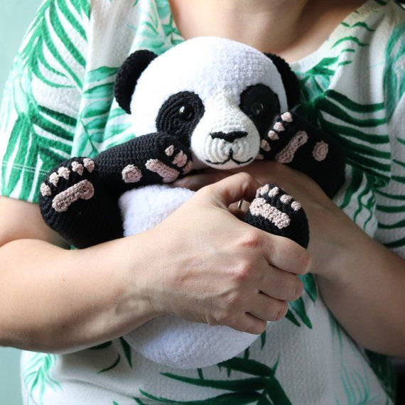 Lulu The Panda - Cuddly Amigurumi Pattern #crochetbear