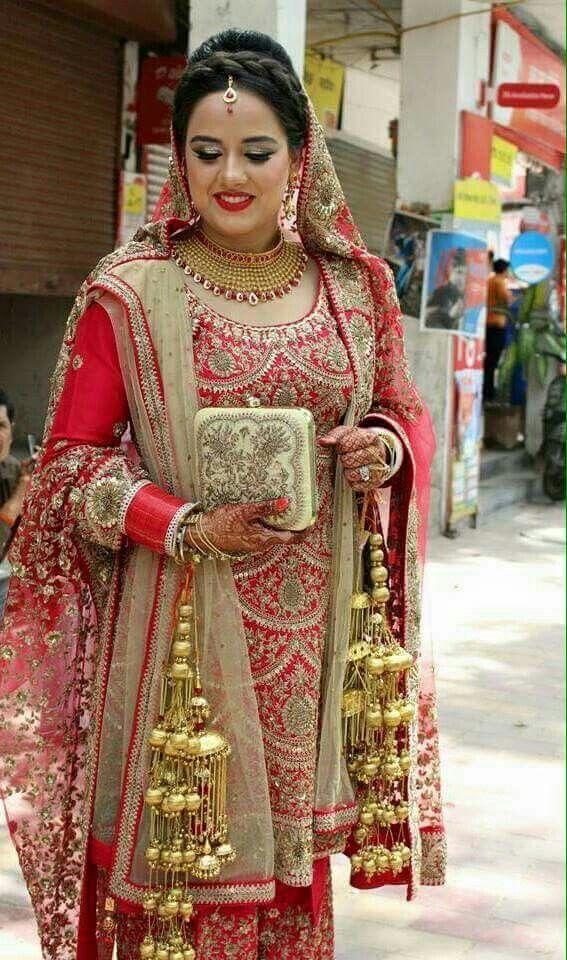Pin by Arzoo Kamboj on Chura and kalire | Pinterest | Punjabi bride ...
