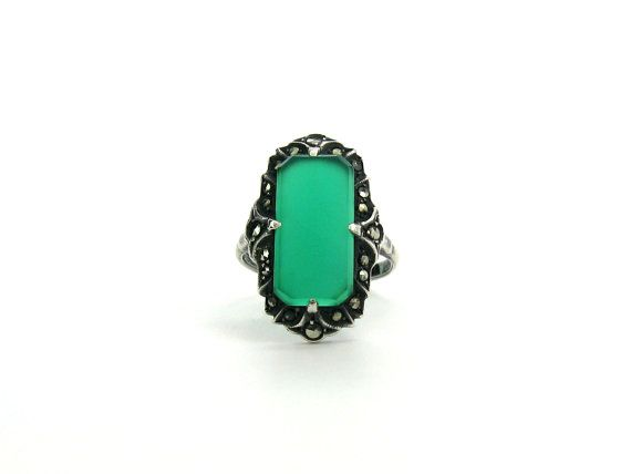 Art Deco Ring. Chrysoprase Gemstone, Sterling Silver, Marcasites. Green Chalcedony. Made In Germany. Vintage 1920s Art Deco Jewelry. SZ 5.75
