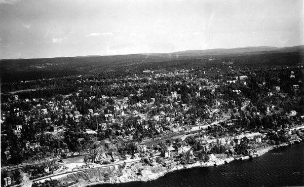 Nordstrandveien 1947 - Flyfoto Widerøe