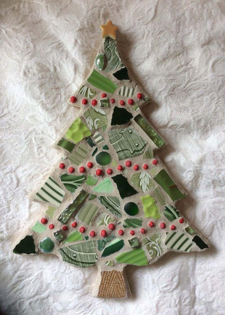 Simple Mosaic Christmas Tree Tree Mosaic Christmas Mosaics Mosaic Crafts