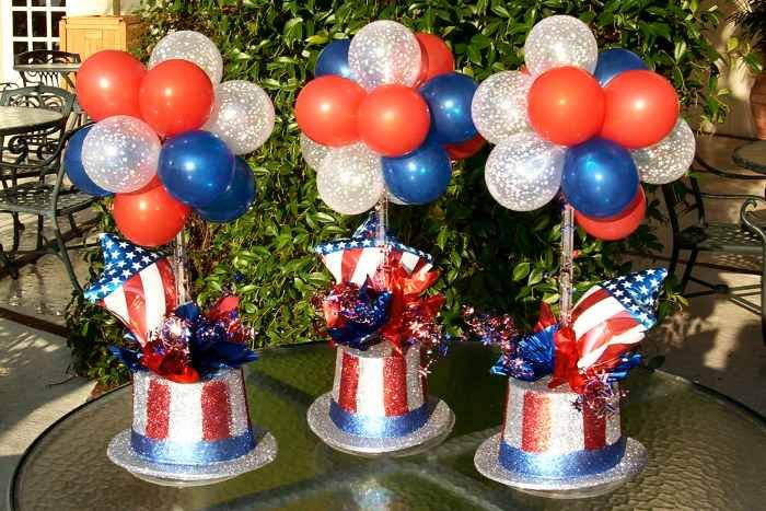 Easy balloon centerpieces july th inspiration