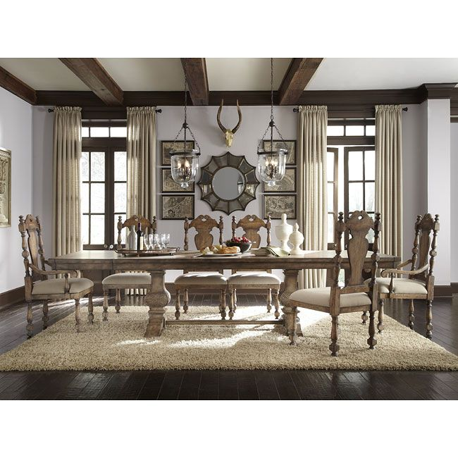 Desdemona Dining Room Set w/ Kyra Chairs