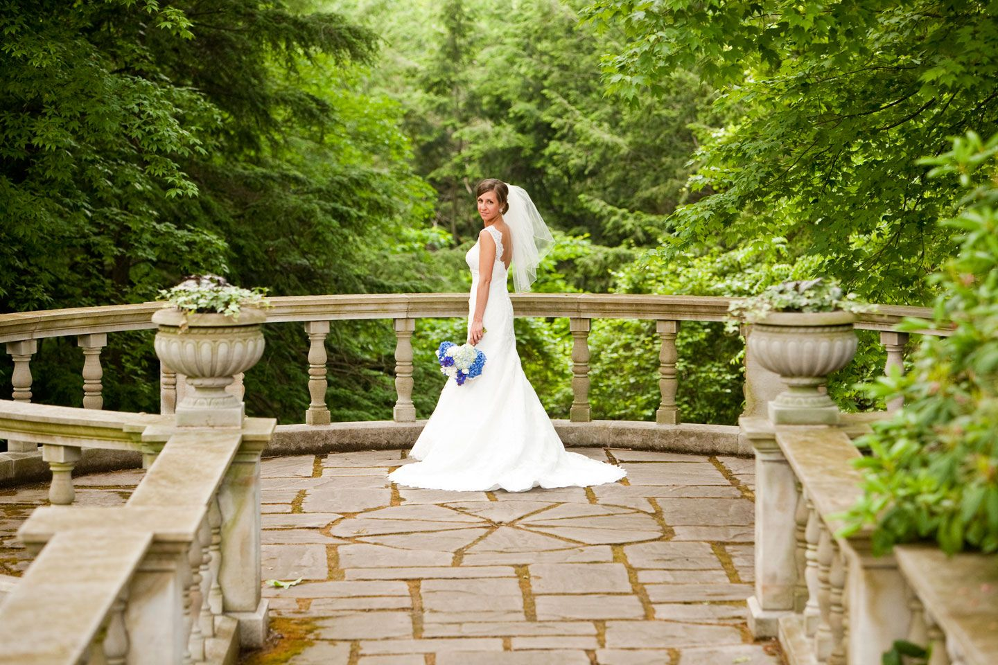wedding picture locations akron ohio%0A Wedding