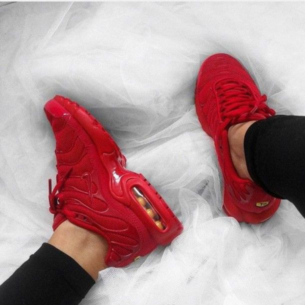 Nice Shoes Now on in 2019 | Nike red sneakers, Red sneakers