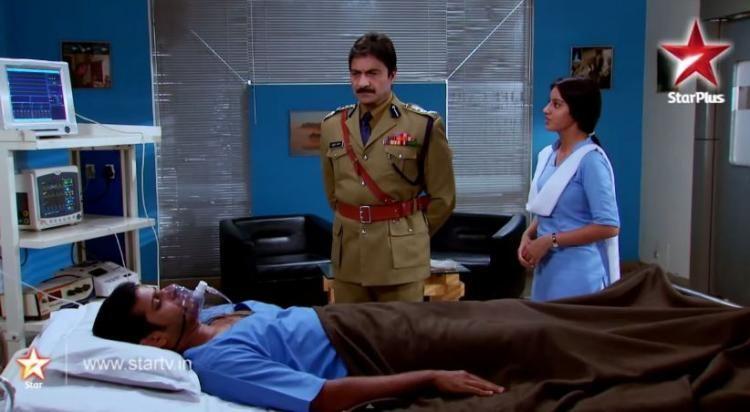 Diya aur Baati Hum: Zakir goes into coma; Sandhya & the Rathis shattered!   PINKVILLA