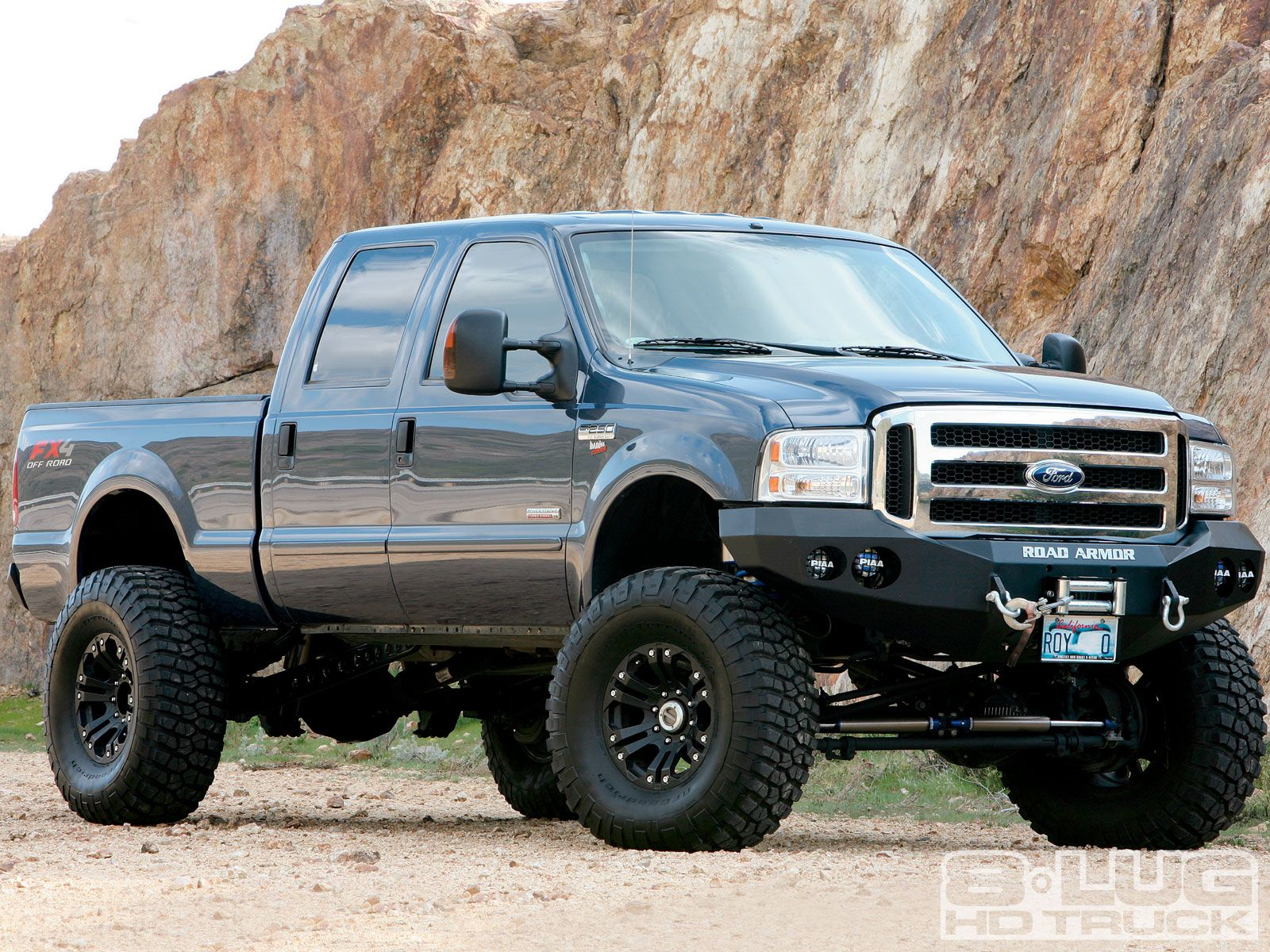 Check out this 2005 ford super duty with a power stroke diesel engine a
