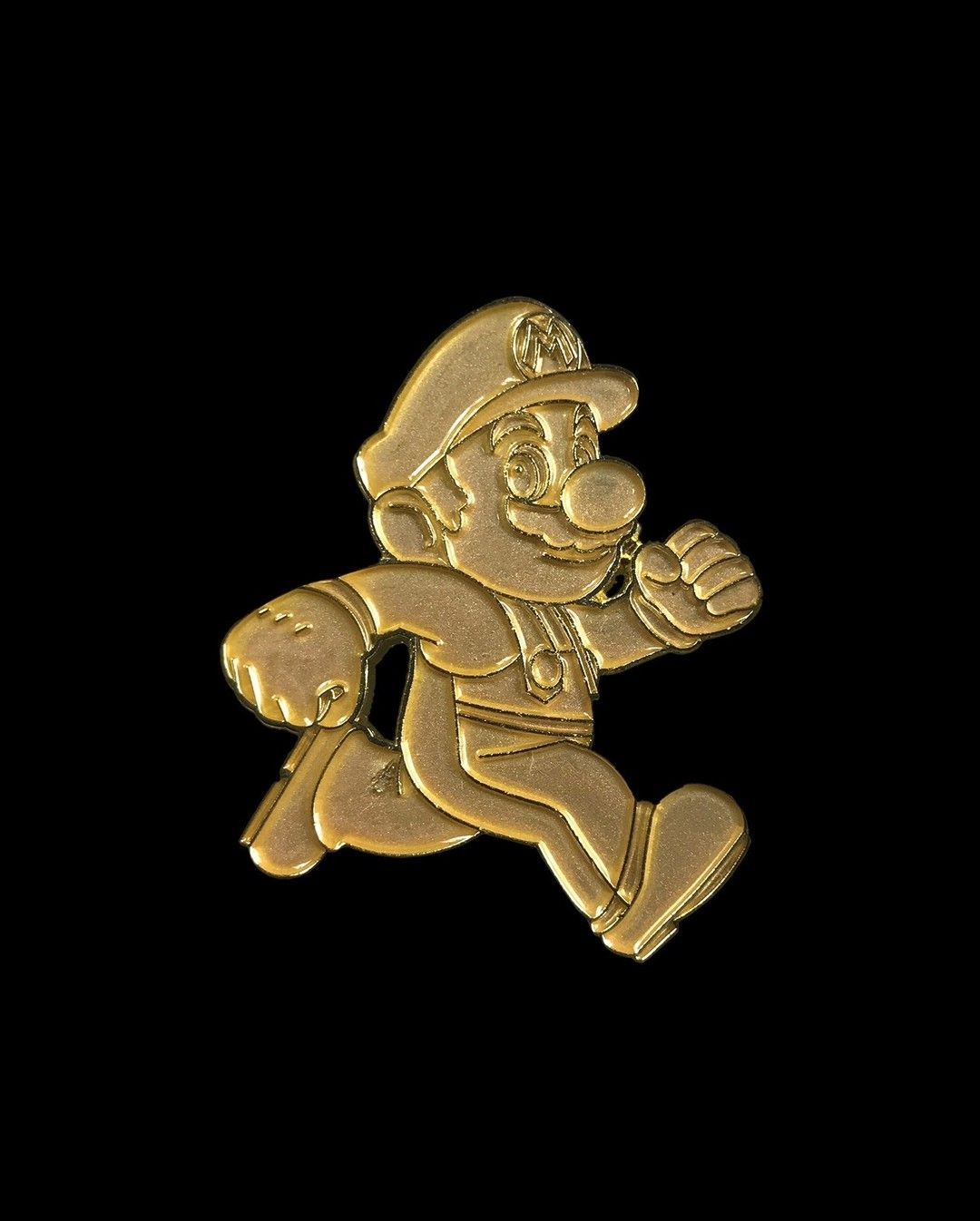 Gold Super Mario Run pin from @kingofthepin  Never stopping!  Available to buy through their link in bio!