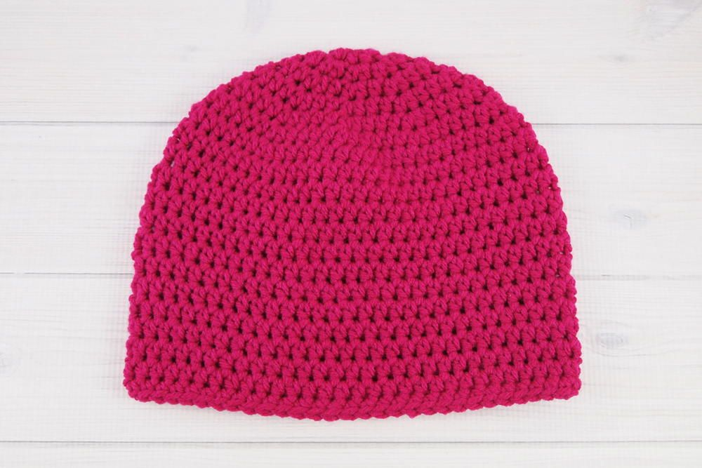 Easy Peasy One Skein Hat   All you need is one skein of yarn to whip up this easy peasy crochet hat!
