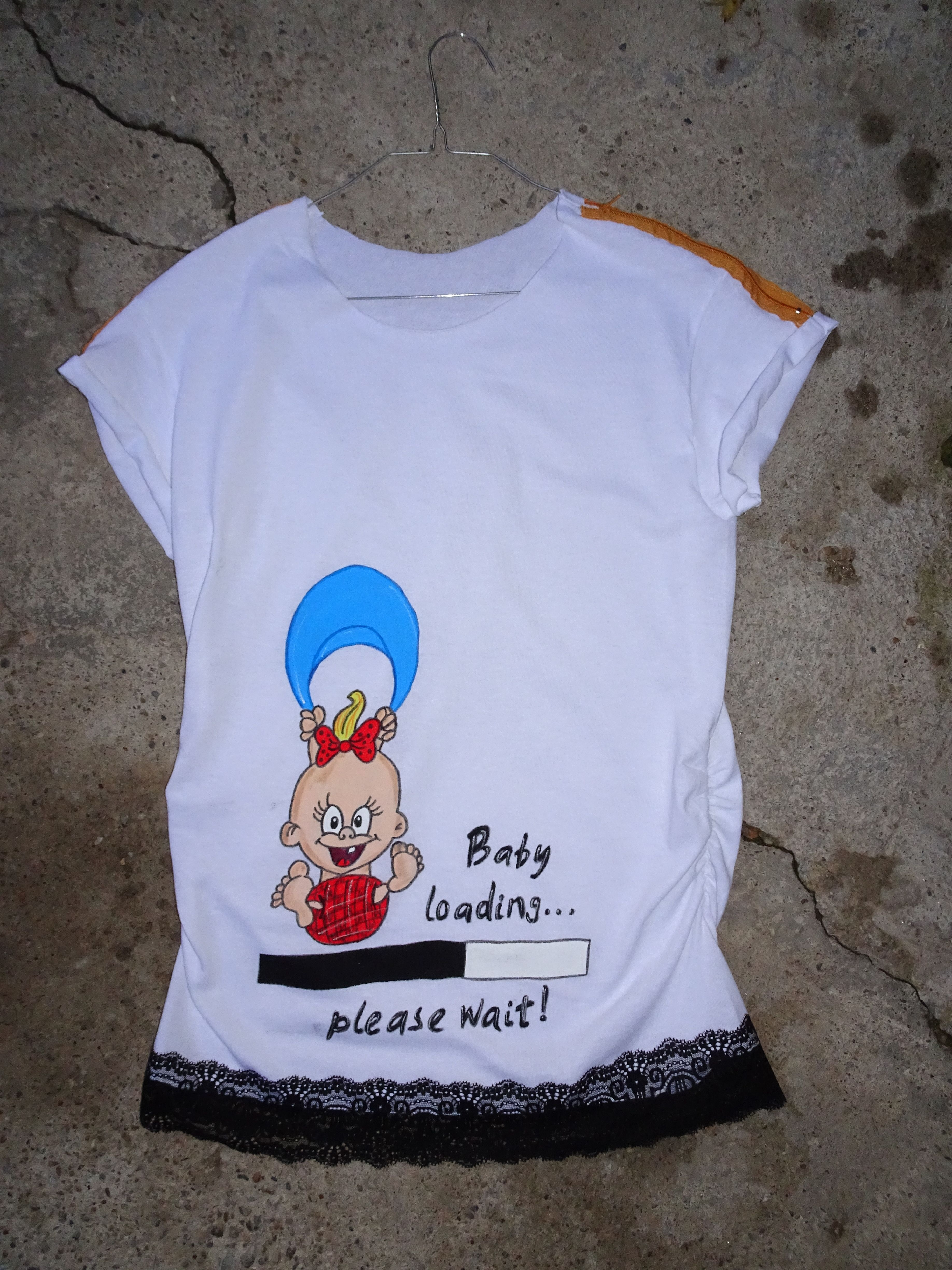 54a6b27301ce9 #tshirt #pregnant #baby #Gift #handmade #painted #wishes #painted #t-shirts  #personalized #women #jersey #paint #shirt