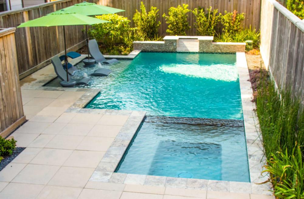 Custom Swimming Pools Priced Between 55k 100k Platinum Pools Backyard Pool Designs Small Backyard Pools Small Pool Design