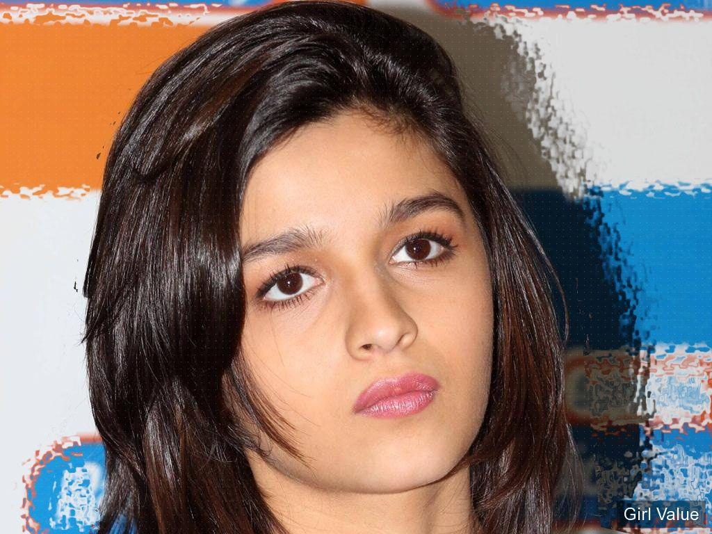 alia bhatt wallpaper  photos eyes style