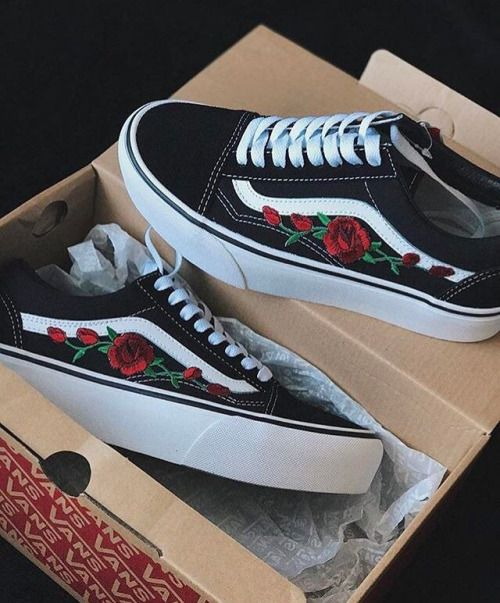 50db6f2eb64f Custom Vans Old Skool. Custom Vans Old Skool Rose ...