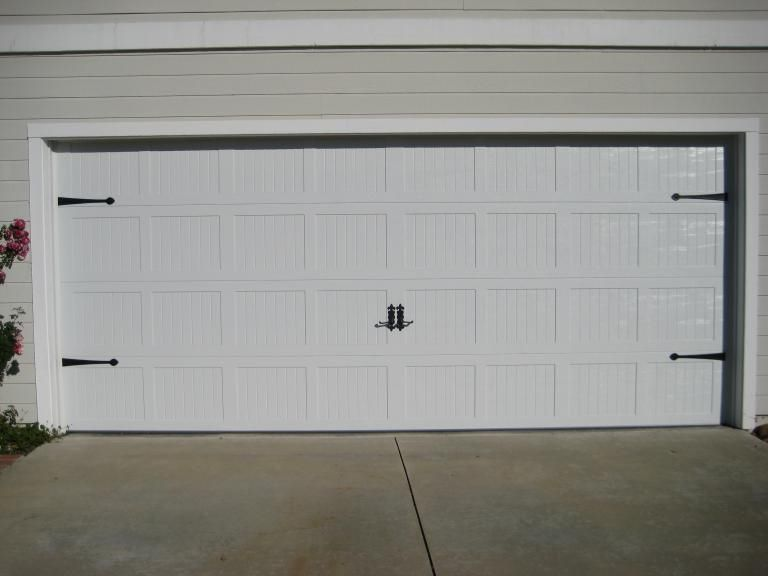 No Windows 16x7 And 8x7 Carriage Style Garage Doors Carriage House Garage Doors Garage Door House