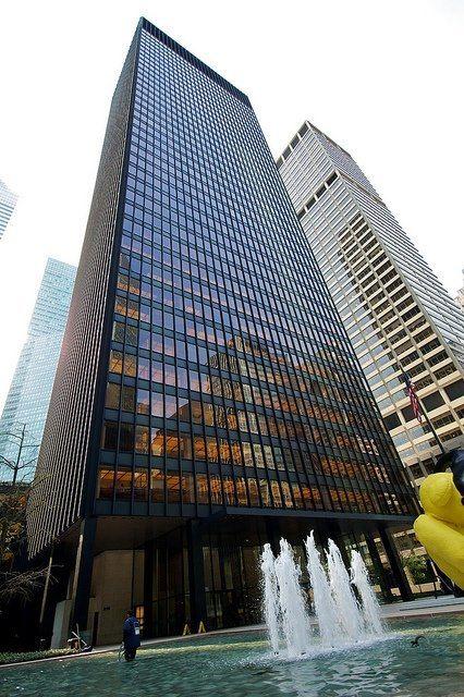 El Edificio Seagram De Mies Van Der Rohe En Nueva York Es
