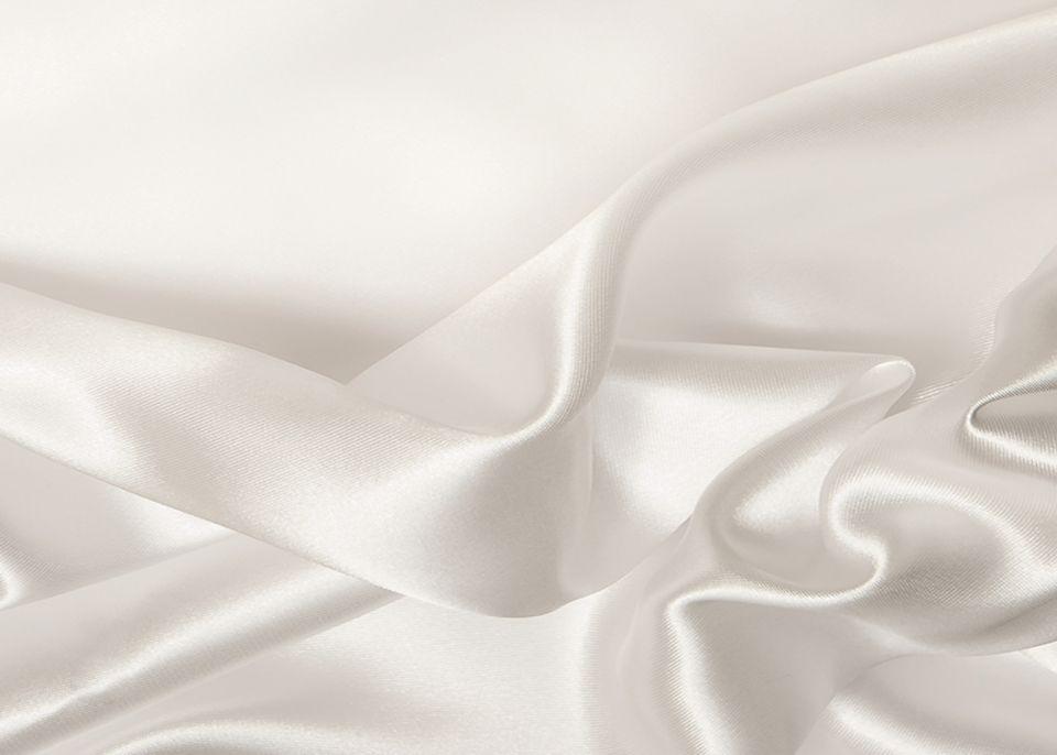 Jewelry Background White Silk Cloth In 2020 White Silk White Gold Earrings Beautiful Diamond Earrings