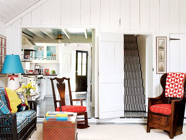 A Traditional Colonial Living Room In East Hampton, New York, Gets A Funky  Punch