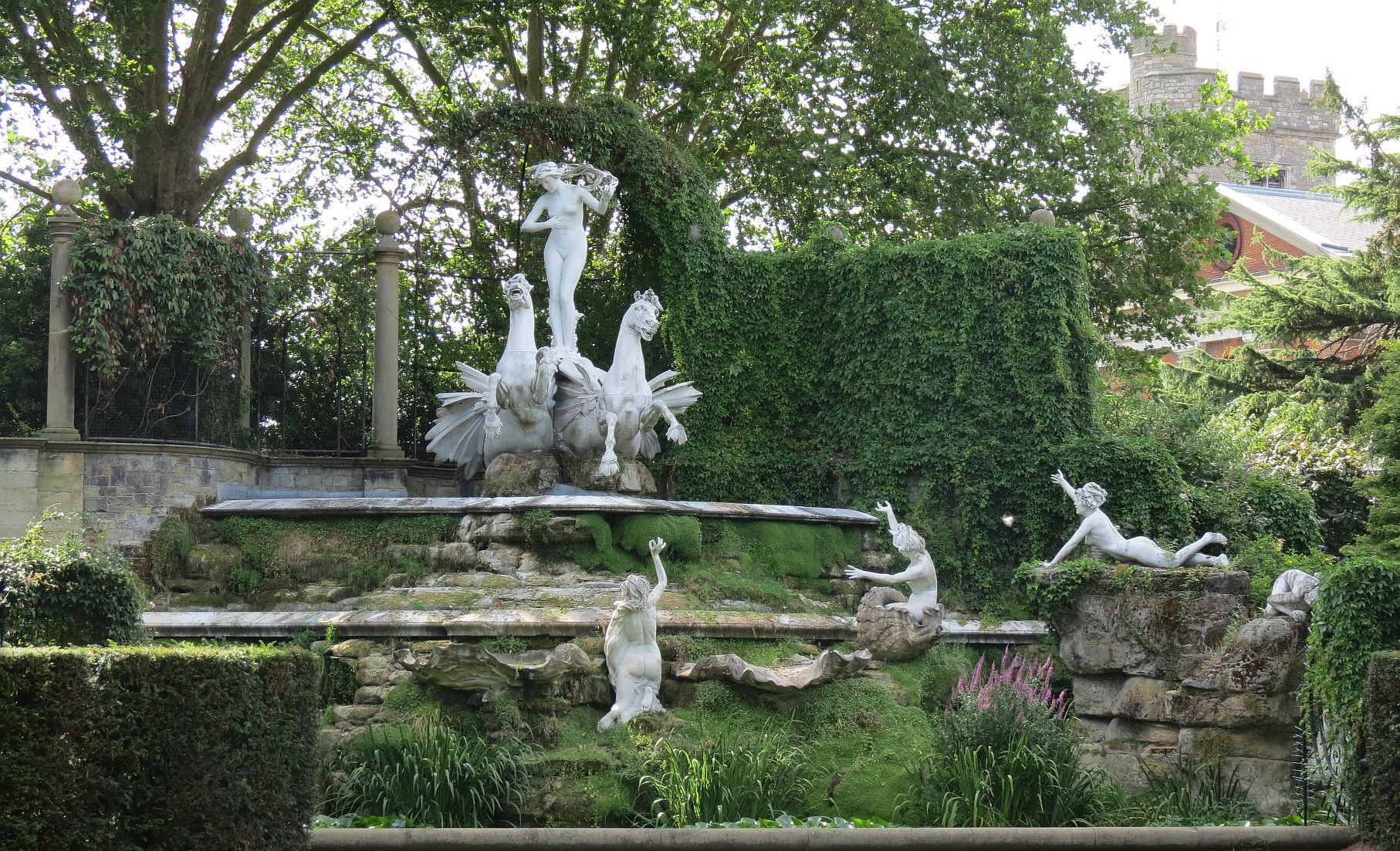 York House Garden Sculpture, Twickenham   Carved In The Fin De Siècle Style  From White