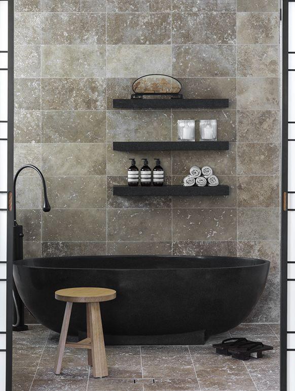 black tub and shelves!