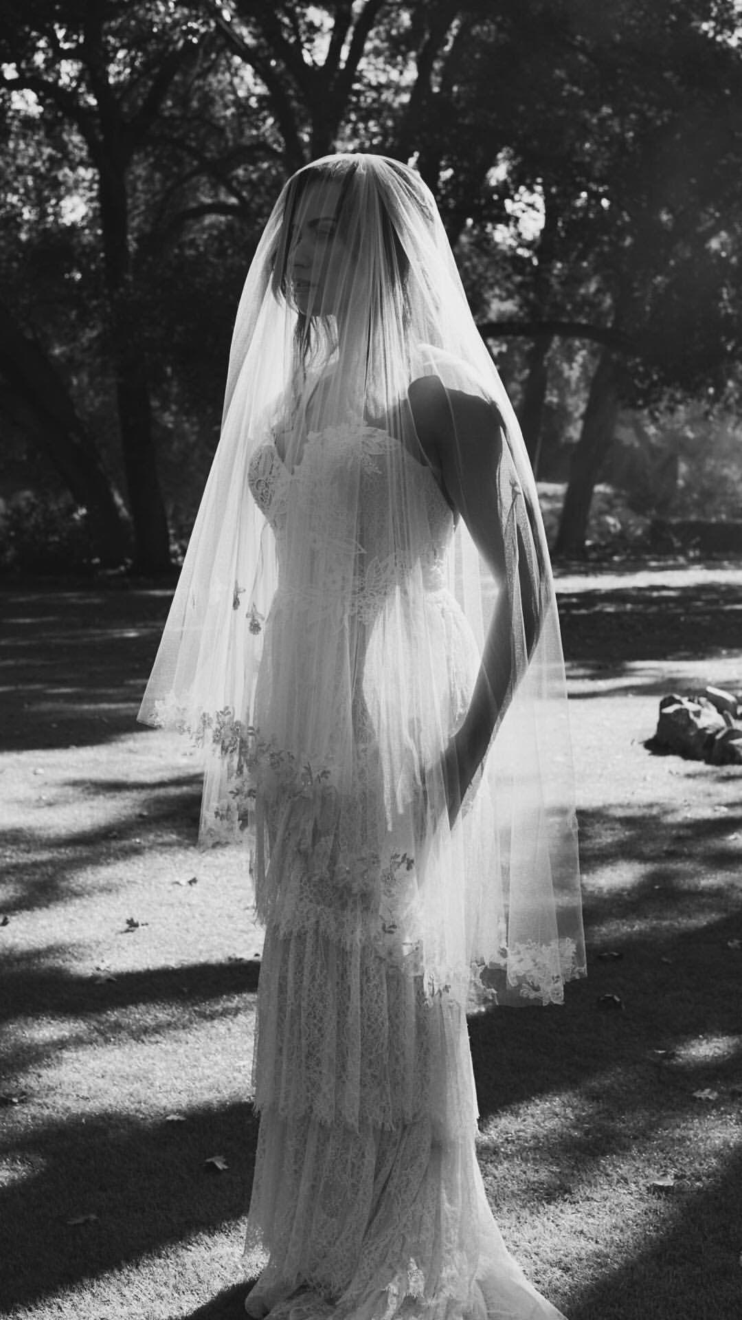 Demi Lovato Wedding Dress Demi Lovato Demi Lovato Style Lovato