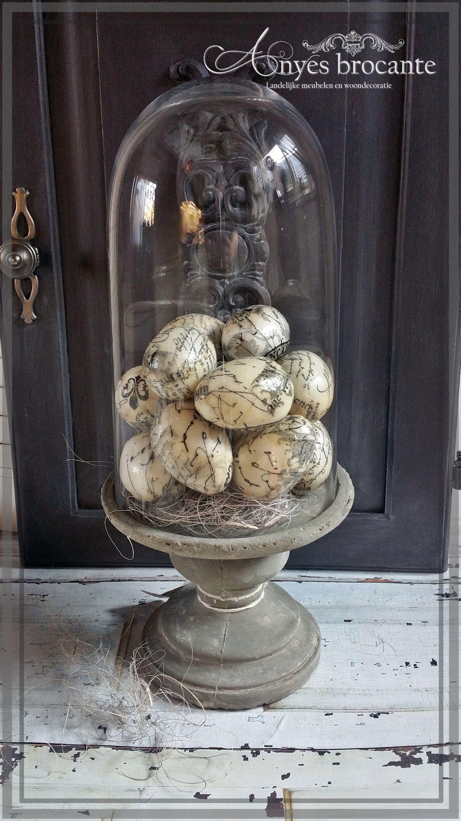 Brocante Stolp Met Gedecoreerde Paaseieren Paasdecoratie Decoratie Decoraties