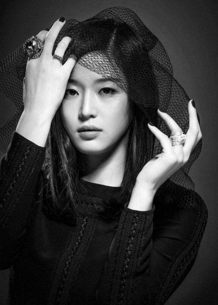 Jun Ji Hyun Harpers Bazaar - Gianna Jun Photo (36996024