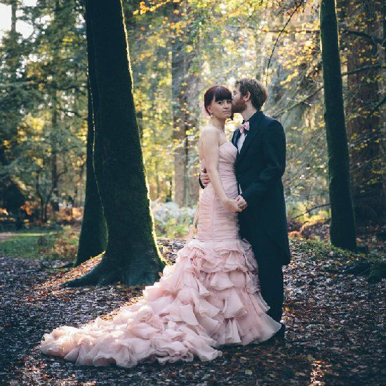 This wedding is full of fabulousness, an amazing venue, stunning pink wedding dress and a midsummer nighst dream theme.