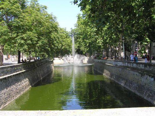 Jardin De La Fontaine Nimes France Nimes France Les Fontaines