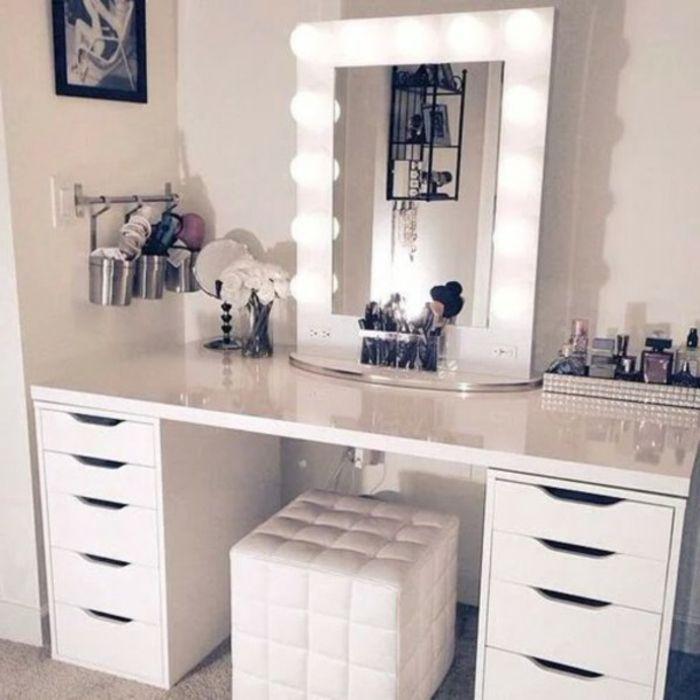 schminktisch mit spiegel beleuchtung weiß leder stuhl | spiegel, Möbel