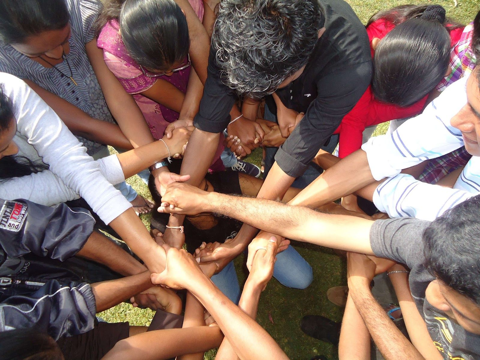 Tangled Knot Team Building